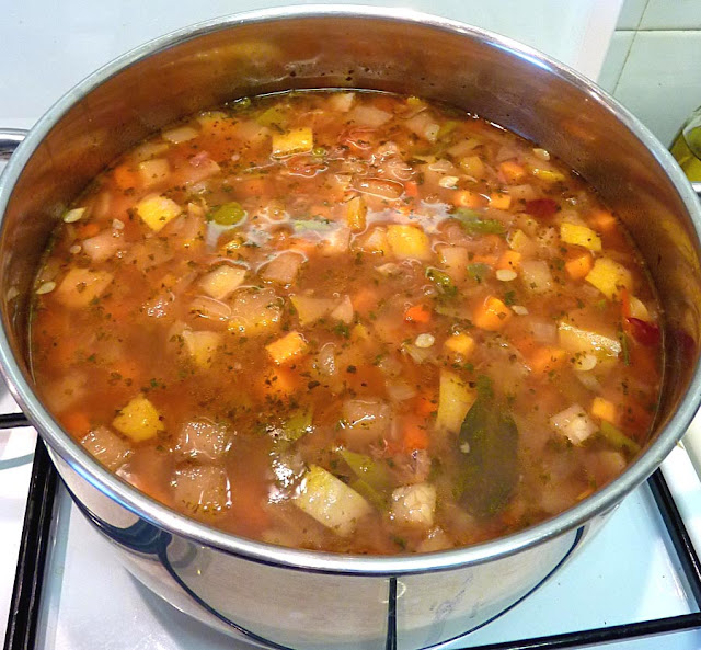 Plain Diced Sweet Potatoes: Living The Life In Saint-Aignan: Beef Vegetable Soup