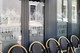 Film anti-regard pour décorer une vitrine de brasserie
