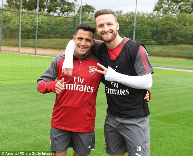 Dấu hiệu chứng tỏ Sanchez ở lại Arsenal 6