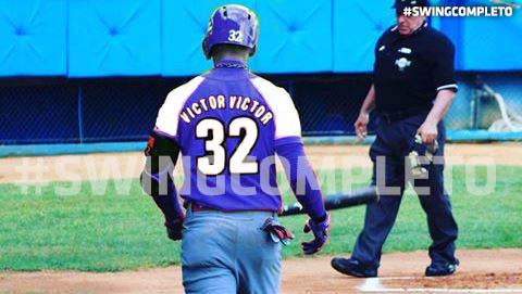 El jardinero Víctor Víctor Mesa está en el roster de uno de los equipos de la Serie Provincial de la pelota capitalina y con eso no necesitamos nada más para saber que se avecina
