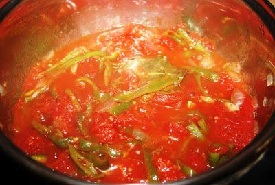 sopa de tomate andaluza alocados en la cocina