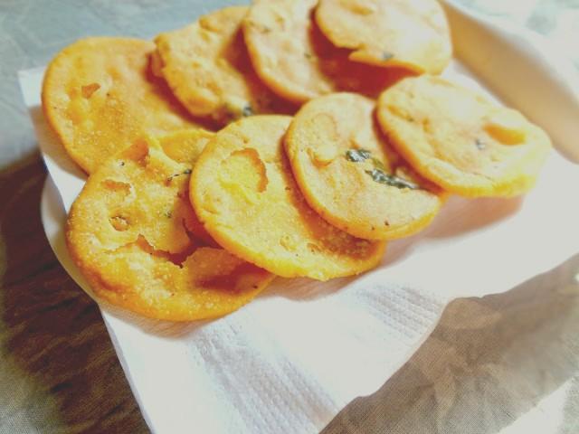 crispy crunchy Diwali savory Thattai Nipattu