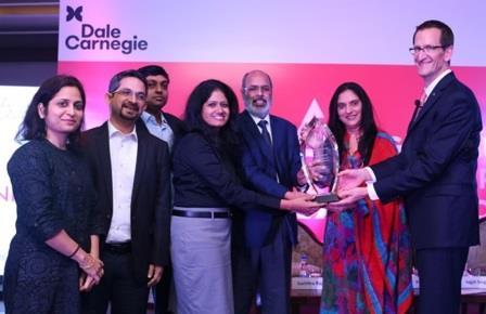 newztabloid-Axis-Bank-Dale-Carnegie-Pallavi-Jha-Varsha-Ramachandran