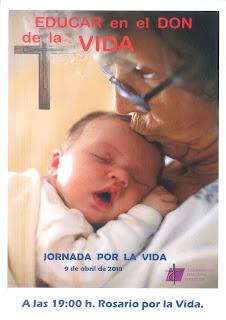Lunes 9 de abril, a las siete: Rosario por la vida