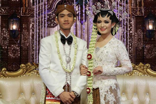Satu-Satunya Pembuktian Dari Cinta Adalah Pernikahan Bukan Pacaran, yang setuju bagikan!