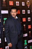 Bollywood Celebrities on the Red Carpet Of Zee Cine Awards 2017 Exclusive 049.JPG