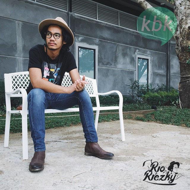 Download Lirik Lagu Rio Riezky Kisah Tak Tentu Arah