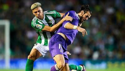 Real Madrid consigue ganar al Betis 2 a 1