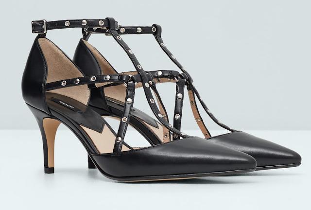 Mango zapatos salón pulsera clon del Love Latch pump de Valentino