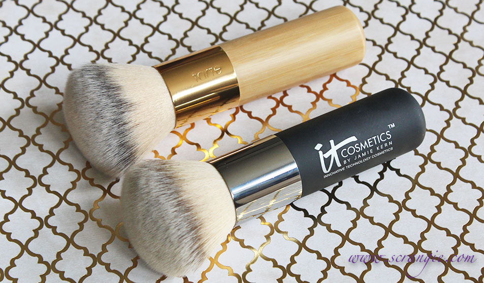 Heavenly Luxe Flat Top Buffing Foundation Brush #6 by IT Cosmetics #18