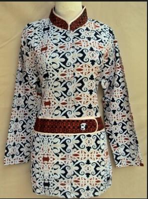 Model Baju Kemeja Wanita Gambar Bunga Terbaru