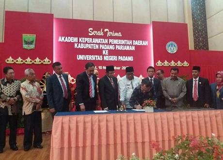 AKPER Padang Pariaman Diserahterimakan ke UNP, Ini Kata Anggota Dewan