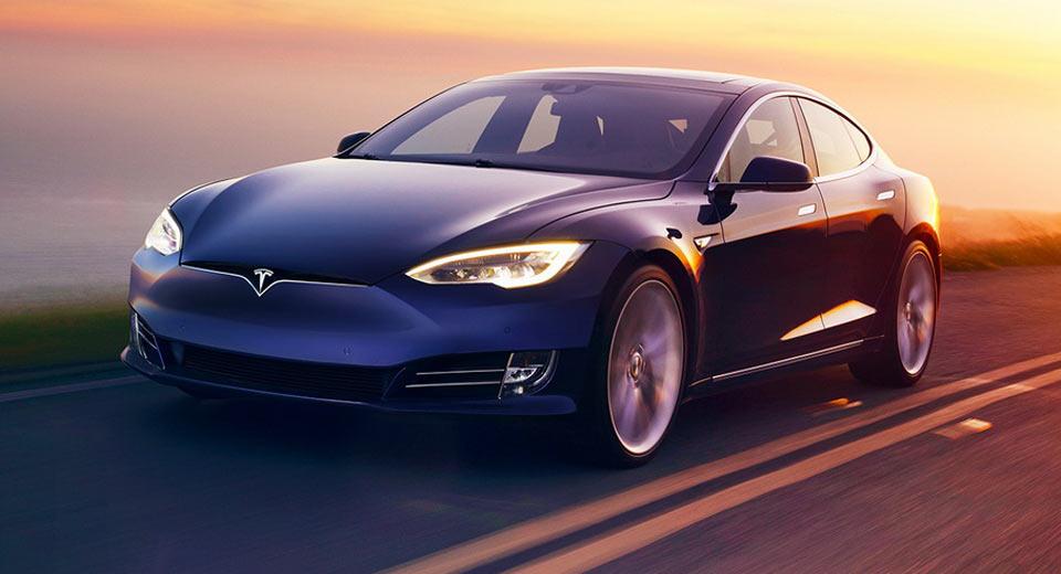 Man Involved in Minnesota Tesla Crash Denies Autopilot System Was to Blame