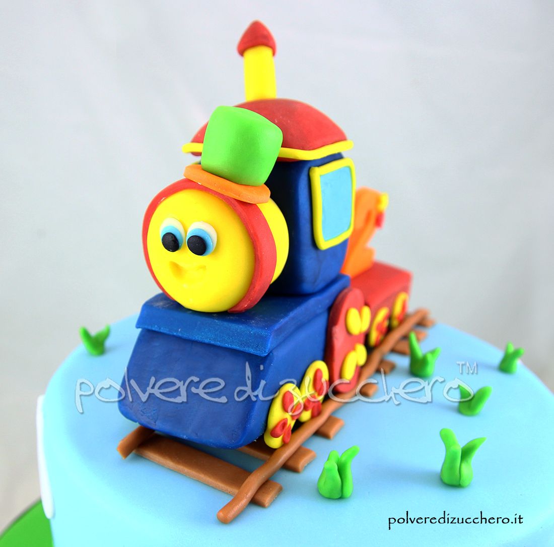 Torta decorata in pasta di zucchero bob il trenino per