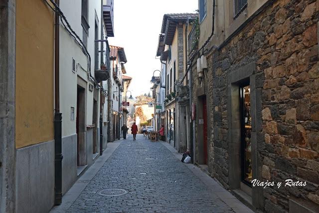 Calle de la fuente de Cangas del Narcea