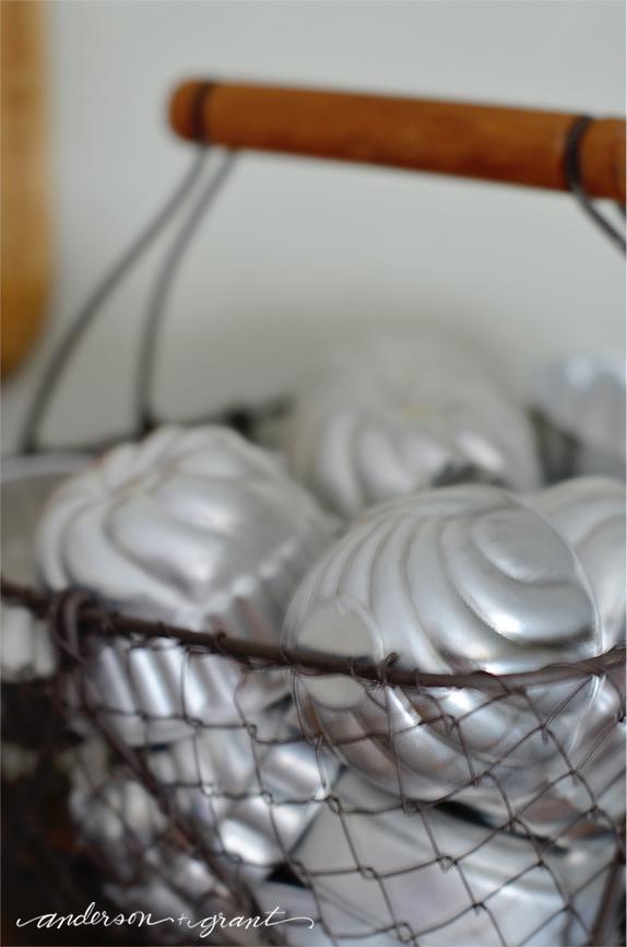 Basket of metal Jello Molds