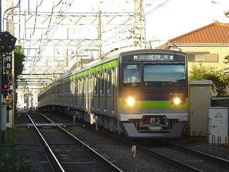 京王電鉄 区間急行 調布行き9 10-300形490F~590F・610F