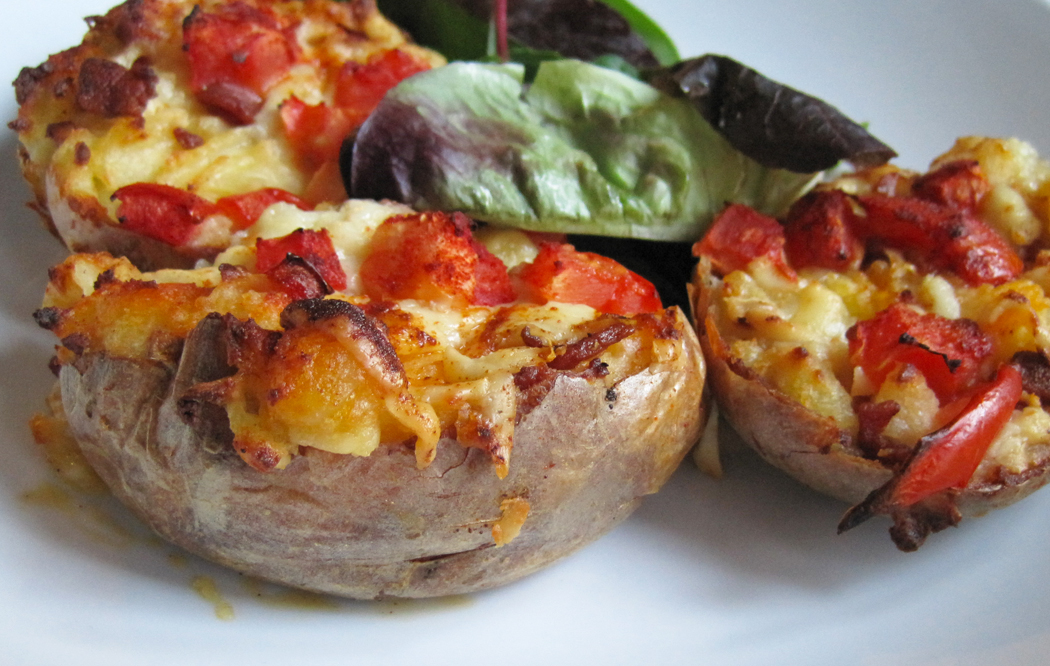 Over-Stuffed Cheesy Bacony Jacket Potatoes