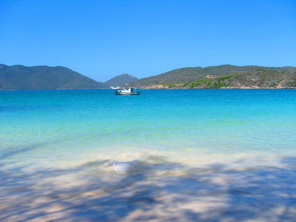 Arraial do Cabo,bate e volta de Cabo Frio.