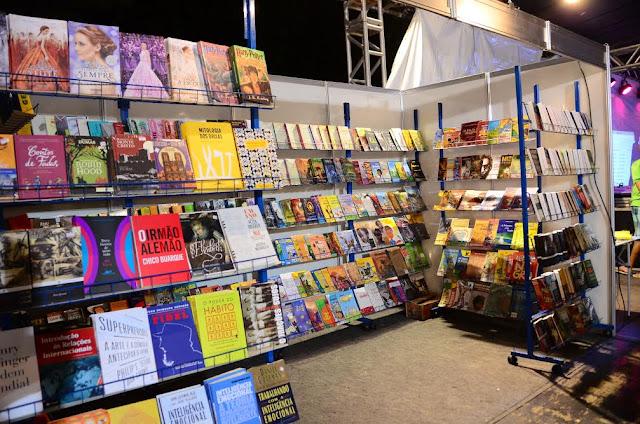 Festa do Livro encerra o 14º Festival Recifense de Literatura – A Letra e A Voz