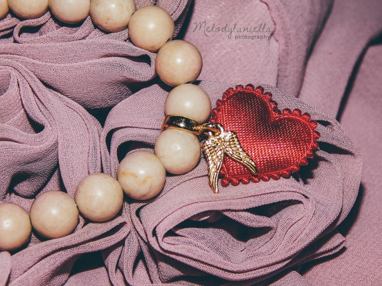 jewellery by Ana bizuteria bransoletki marmur charmsy 24k zloto skrzydla piórko marmur lapis lazuli piekne prezent bransoletki