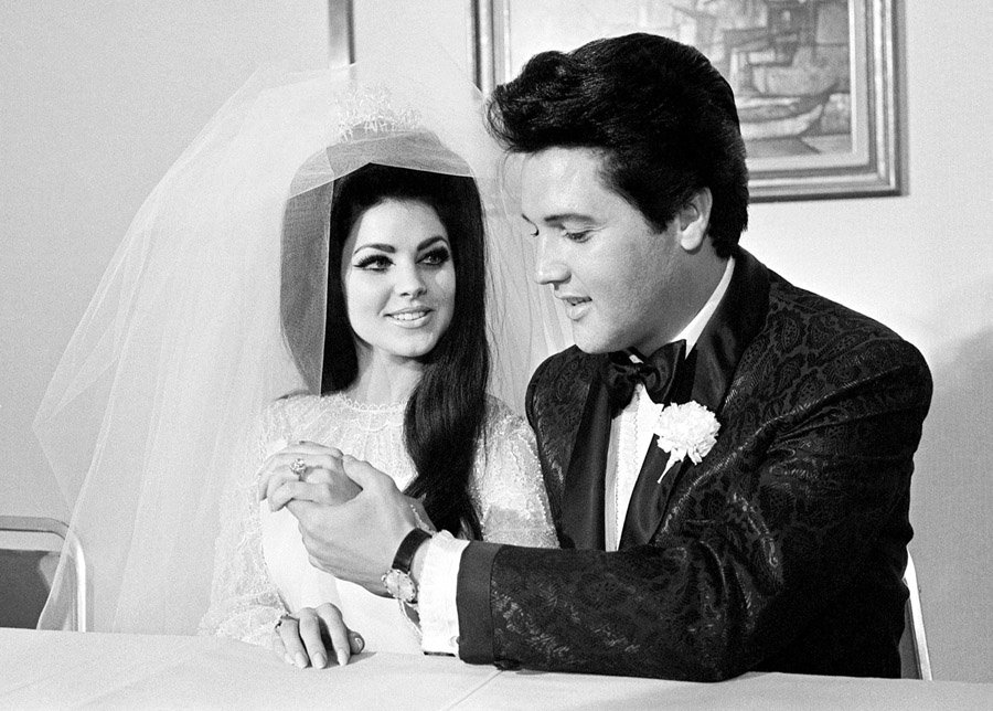 Elvis And Priscilla S Wedding May 1 1967 Vintage Everyday