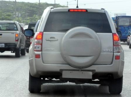 multa por auto sin placas