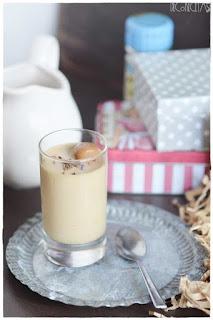 postre en vasitos- mousse casero, receta casera- postre de café ra´pido y sencillo