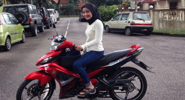 Jadi Driver Ojek Online, Wanita Ini Banjir Orderan