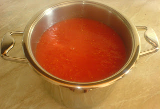 rosii, rosii pentru suc de rosii, suc de rosii, suc de rosii de casa, suc de rosii pentru iarna, retete culinare, preparate culinare, reteta suc de rosii, retete muraturi, retete suc de rosii,
