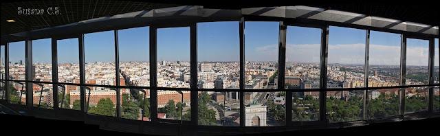 Faro de Moncloa - De Madrid al Cielo