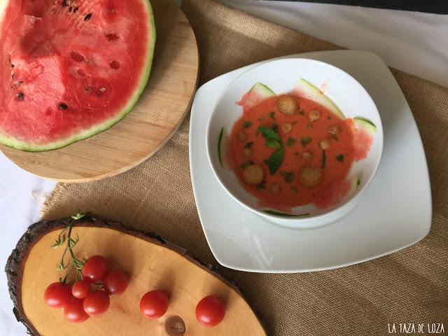 gazpacho-de-sandía-con-tomates-y-pimiento