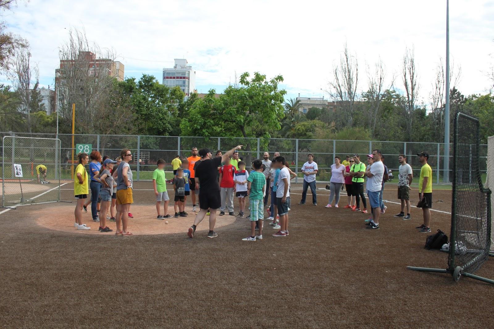 Piratas valencia beisbol iiii jornada de puertas for Puerta 7 campo de mayo
