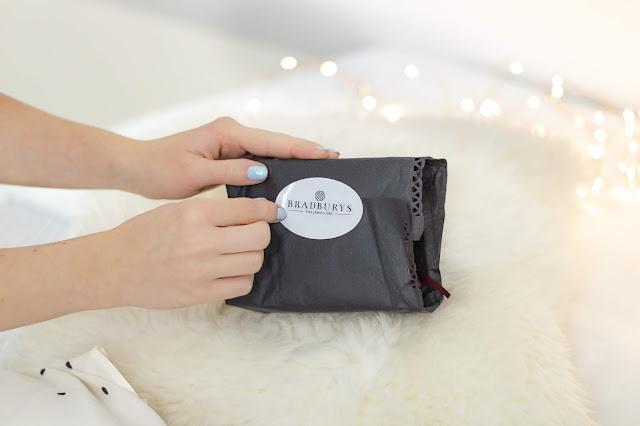 UK Travel and Style Blogger Birmingham Win Free Sweet Heart Bangle Christmas Gift Bradburys the Jewellers