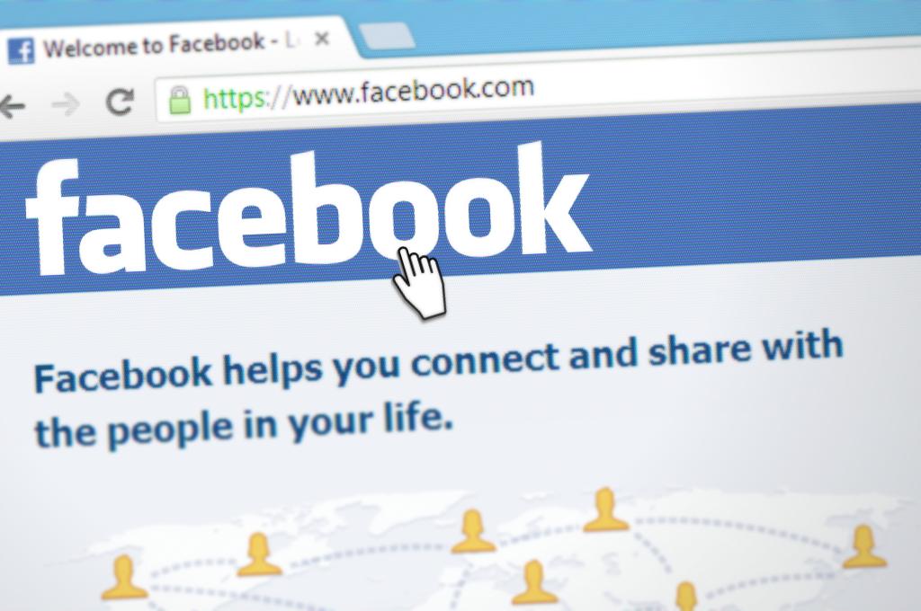 akun media sosial facebook mudah