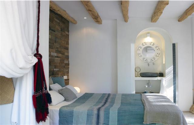 Villa Surga Ibiza dormitorio boho chic chicanddeco
