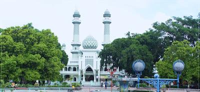 Travel Malang Banyuwangi, Masjid Jami' Kota Malang, 0822-333-633-99, Travel Malang Banyuwangi