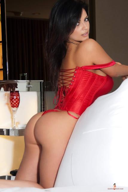 Denise Milani Unseen Hot Private Candid Namethatpornstar 1