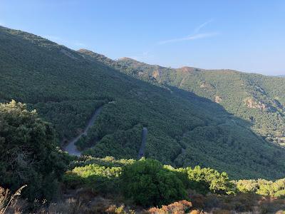 The winding road down to Nisporto.