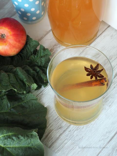 kompot-jabłkowo-rabarbarowy