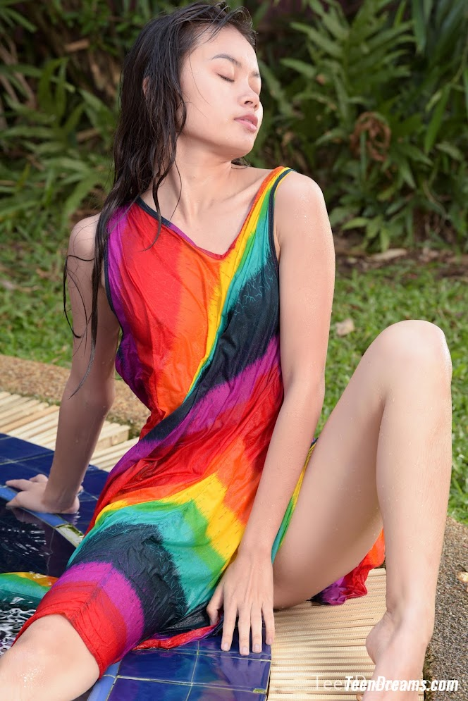 [TeenDreams] Sowan - Rainbow In The Pool - Girlsdelta