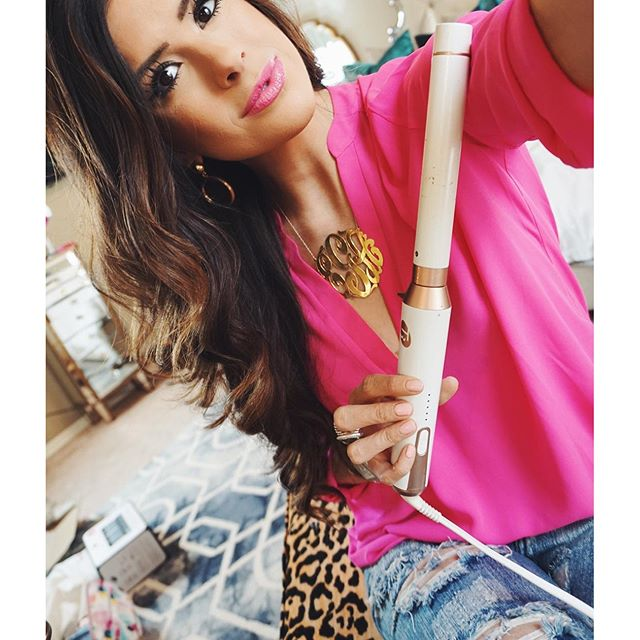 lush hot pink tunic, monogram necklace gold oversized, t3micro one inch barrel, t3micro curling wand review, best curling wand for thick hair, best curling wand for long hair, emily gemma hair, emily gemma curling wand, the sweetest thing blog