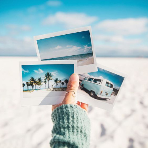 ideas de fotos para subir y arrasar en instagram este verano polaroids