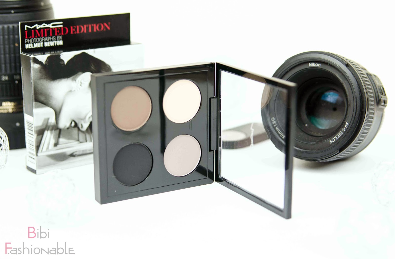 MAC Helmut Newton Limited Edition Point n Shot Quad offen