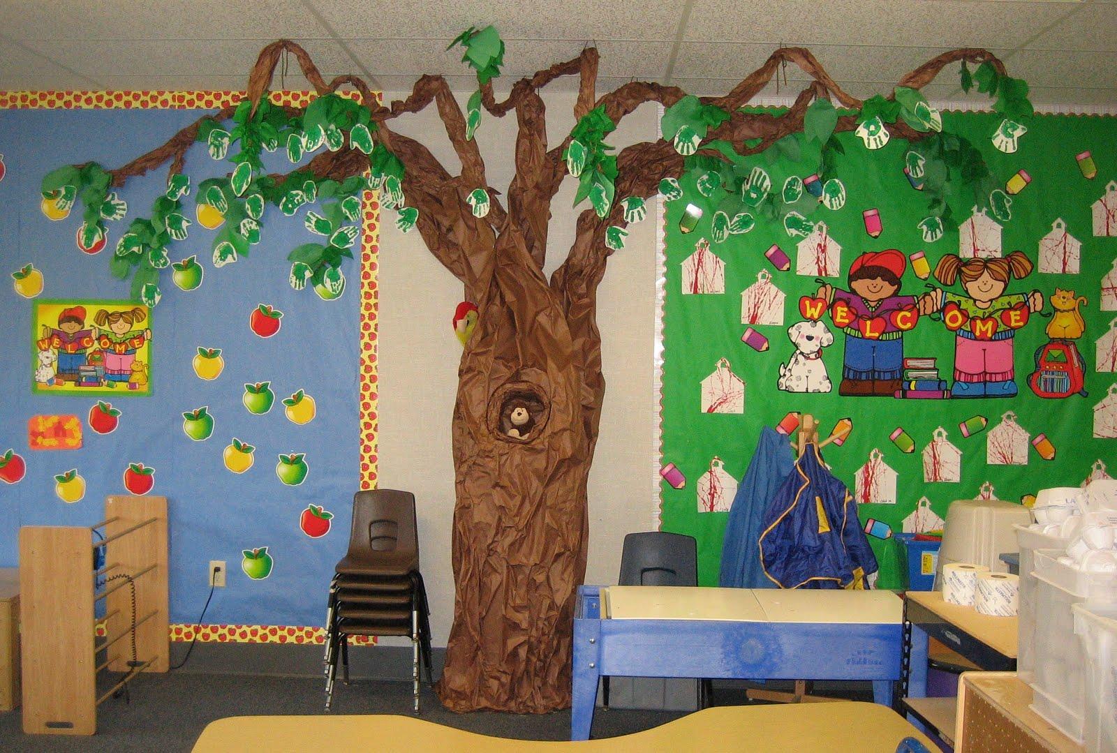 Classroom Decoration Ideas Tree ~ Teaching the little people classroom tree