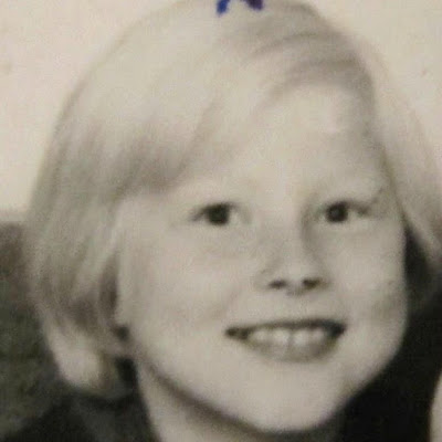 Lady of The Mess - lapsuuskuva 1964