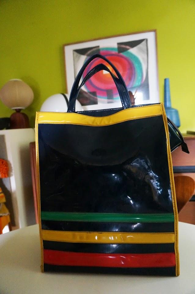 sac en vinyl des années 70  70s vinyl tote bag stripes 1970s 60s 1960s
