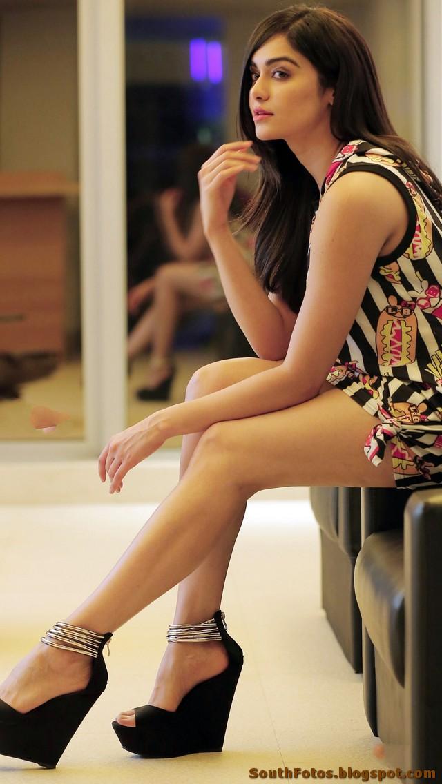 Adah Sharma Latest Sexy Photos