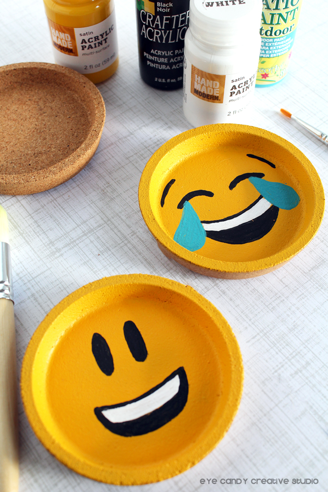 emoji party, craft idea for an emoji party, emoji coasters, painting emojis
