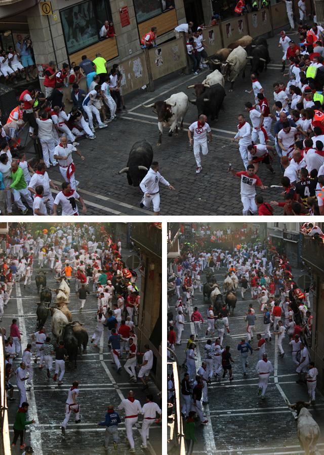 El encierro, a su paso por la Plaza del ayuntamiento y la calle Mercaderes